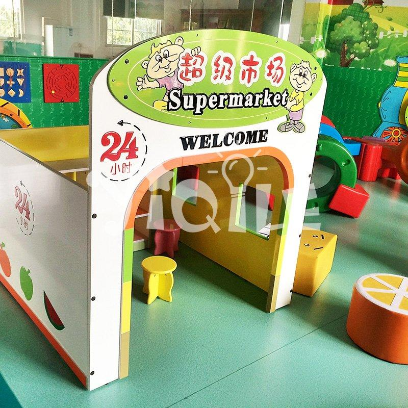 Welcome to supermarket kids wooden playhouse