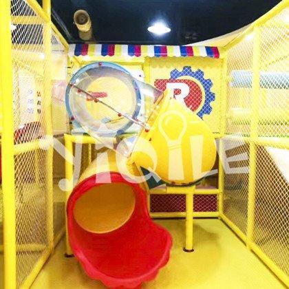 Warm and multi-functional indoor amusement park in Algeria