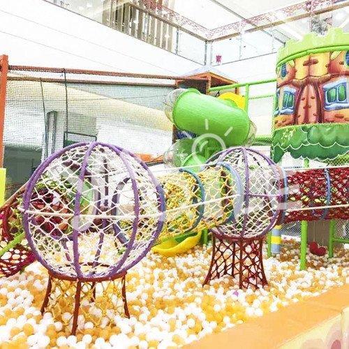 Climbing Ball Pool Indoor Amusement Equipment in Spain