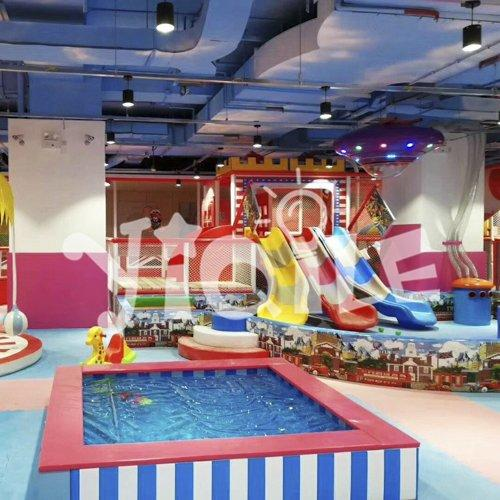 Cartoon Travel Bus Theme Children Indoor Playground